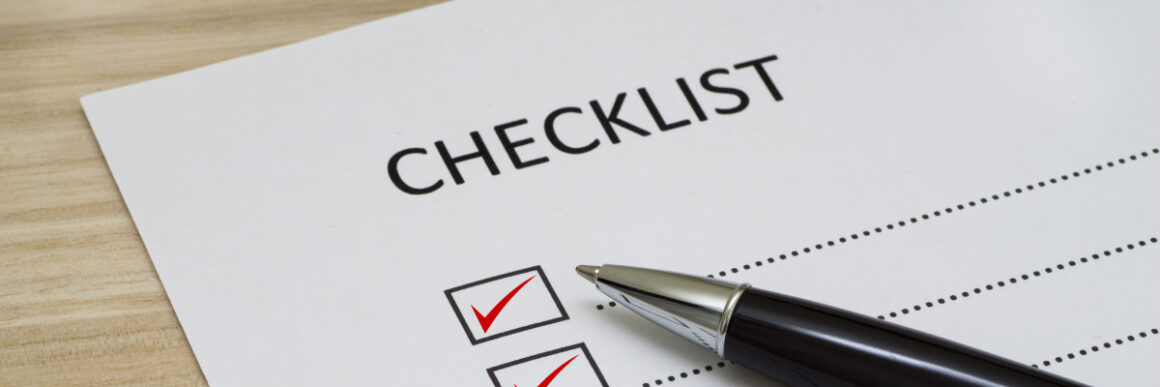 What is an onboarding checklist?